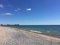 Mooie en zonnige dag bij het strand Royalty-vrije Stock Afbeelding