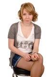 Mooie ernstige jonge vrouw Royalty-vrije Stock Foto's