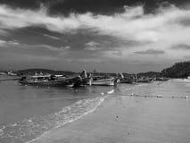 Mooie fotografie van visser op het strand Krabi Thailand Royalty-vrije Stock Foto's