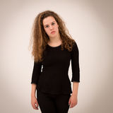 Mooie Ginger Teenage Girl In Black-Kleren stock foto