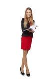 Mooie glimlachende bedrijfsdievrouw, met documenten, op a worden geïsoleerd Stock Foto's