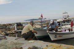 Mooie golven bij de zeehaven stock foto