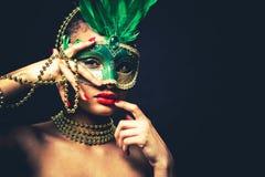 Mooie gouden glamourvrouw Royalty-vrije Stock Foto's