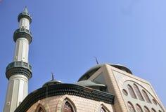 Mooie groene moskee stock fotografie