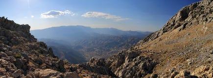 Mooie grote bergen in de provincie Stock Afbeeldingen
