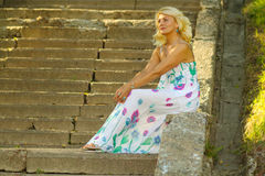 Mooie hogere blondevrouw Royalty-vrije Stock Afbeelding