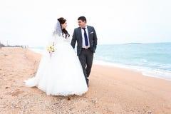Mooie huwelijksdag, bruid en bruidegom Royalty-vrije Stock Foto