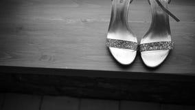 Mooie huwelijksschoenen stock videobeelden