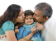 Mooie Indische familie Royalty-vrije Stock Afbeeldingen