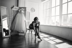 Mooie jonge ballerina in pointe Royalty-vrije Stock Fotografie