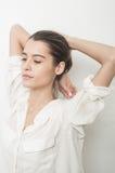 Mooie jonge Kaukasische vrouw Royalty-vrije Stock Foto's