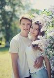 Mooie jonge paar van het de lente het tedere portret Stock Afbeelding