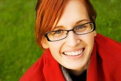 Mooie jonge redhead vrouw Stock Foto's