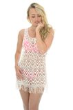 Mooie Jonge Sexy Vrouw die Lacy See Through Mini Dress dragen stock foto's