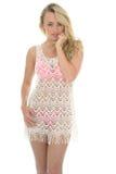 Mooie Jonge Sexy Vrouw die Lacy See Through Mini Dress dragen stock afbeelding