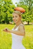 Mooie jonge sportvrouw Stock Afbeeldingen