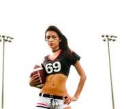 Mooie jonge voetbalvrouw Stock Foto's