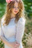 Mooie jonge vrouw royalty-vrije stock fotografie