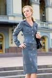 Mooie Jonge Vrouw in kostuum Royalty-vrije Stock Fotografie
