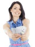 Mooie jonge vrouw met in hand contant geld Stock Afbeelding
