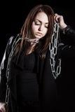 Mooie jonge vrouw met kettingen royalty-vrije stock fotografie