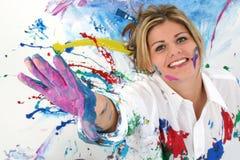 Mooie Jonge Vrouw Omvat in Verf Royalty-vrije Stock Foto