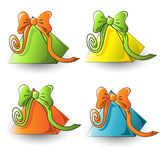 Mooie kleurrijke driehoekige giften voor de vakantie Stock Afbeeldingen