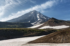 Mooie Koriaksky-Vulkaan - actieve vulkaan van Kamchatka Stock Foto