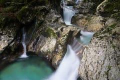 Mooie kreken van water hurst van Sunik, Slovenië stock foto