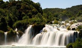 Mooie KRKA-Watervallen in KROATIË stock afbeeldingen