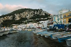 Mooie kust - Amalfi, mening van Atrani-dorp royalty-vrije stock foto