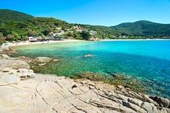 Mooie kustlijnen in het eiland van Elba. stock foto's