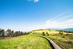 Mooie landschapsmening en en Houten treden van Utsukushigaha Stock Foto