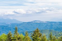 Mooie landschapsmening van Utsukushigahara-park met blauwe sk Stock Afbeelding