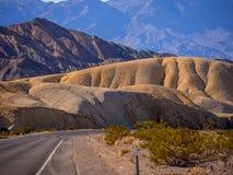 Mooie landschapsroute door het Nationale Park van de Doodsvallei in Californië Royalty-vrije Stock Afbeeldingen