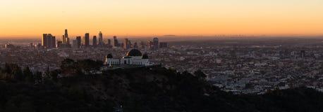 Mooie Lichte de Stadshorizon Van de binnenstad Stedelijke Metropol van Los Angeles Royalty-vrije Stock Foto's