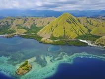 Mooie luchtmening van Gili Laba-eiland, Flores, Indonesië stock afbeeldingen