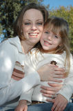 Mooie Mamma en Dochter Stock Foto's