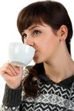 Mooie meisje het drinken thee Stock Fotografie