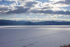 Mooie mening van bevroren Baikal Royalty-vrije Stock Foto's