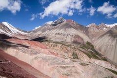 Mooie mening van de bergen van Pamir Royalty-vrije Stock Afbeeldingen