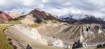 Mooie mening van de bergen van Pamir Stock Afbeelding