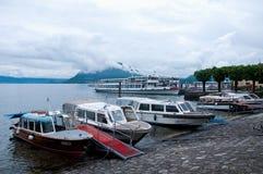 Mooie mening van de kleine haven van stresa Stock Fotografie