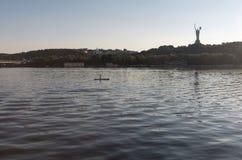 Mooie mening van de rivier Dnipro, de Oekraïne van Kiev Royalty-vrije Stock Foto