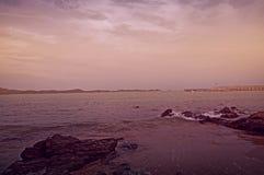 Mooie mening van de violette zeegezichttoon Royalty-vrije Stock Foto's