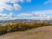 Mooie mening van Edinburgh, Schotland, het UK van Calton-Heuvel stock afbeelding