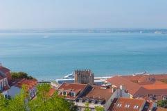Mooie mening van Heilige George Castle, Portugal Stock Foto's
