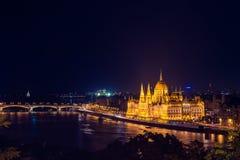 Mooie mening van het Parlement van Boedapest nacht Royalty-vrije Stock Foto
