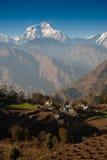 Mooie mening van Himalayan bergen, Nepal Stock Foto