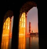 Mooie mening van historische die plaats die een moskee door koninklijke imperiums wordt geconstrueerd is stock foto